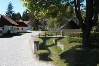 "(Hrvatski) Obilježen 60. rođendan Muzeja ""Staro selo"" Kumrovec"
